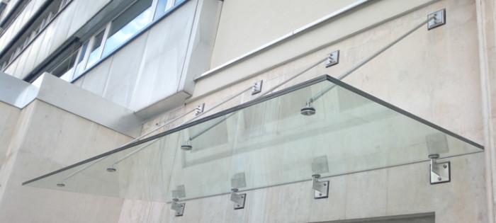 SIB Chemnitz - punktgehaltenes Glasdach