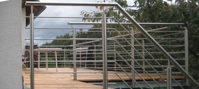 Balkonanlage mit Edelstahlgeländer